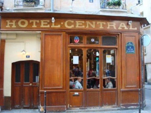 Marais gay hotels