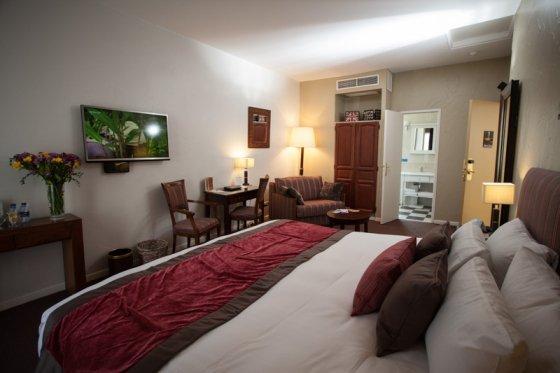 Lesbische hotels in montpellier — bild 2